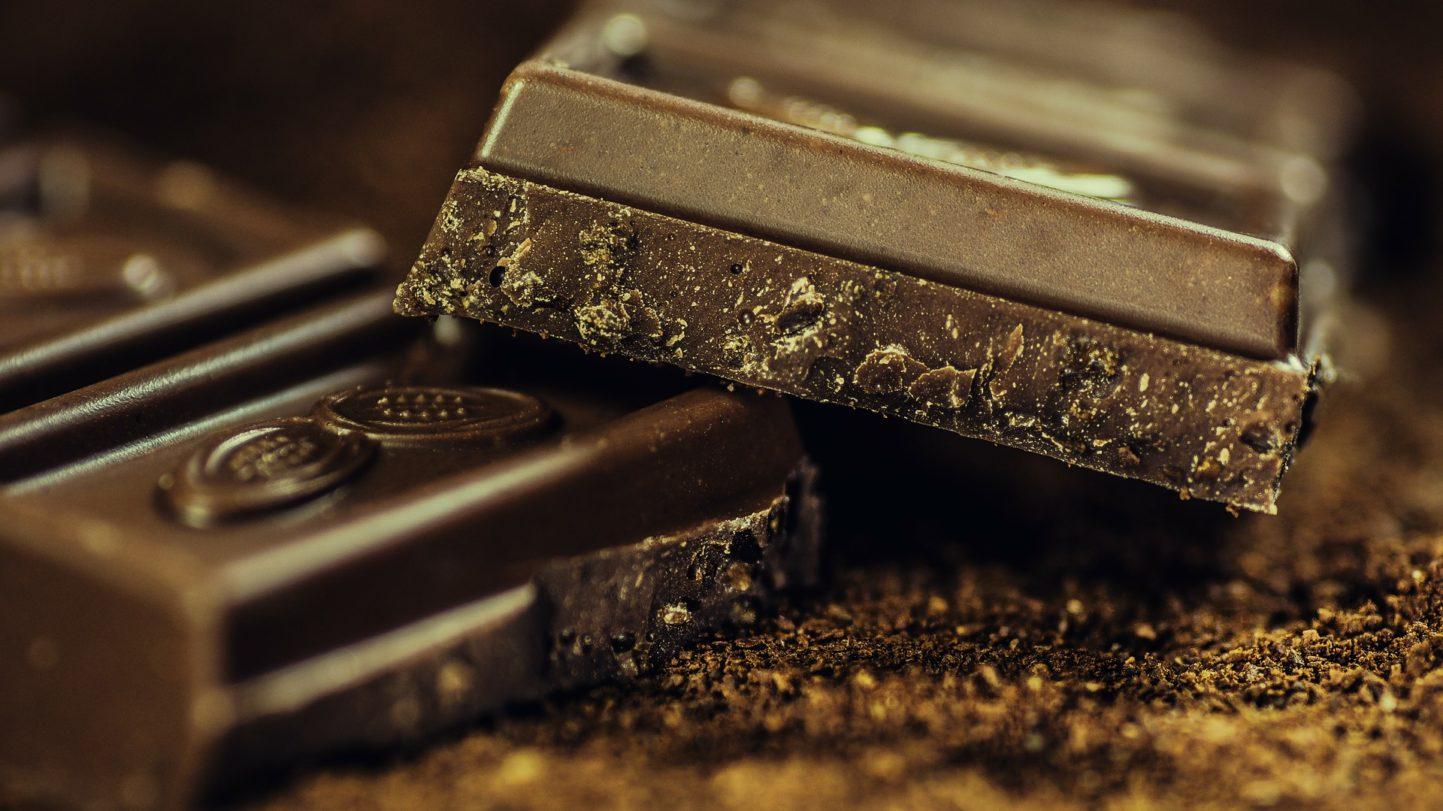 Schokolade ohne Zucker selbst herstellen
